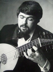 Brendan McCormack playing lute